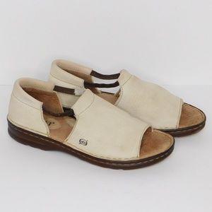 Vintage Born Leather Sandal/  Size  7.5